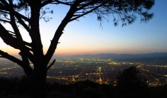 Some hiking trails in LA could be done at night (even if they shouldn't) to take in LA city views