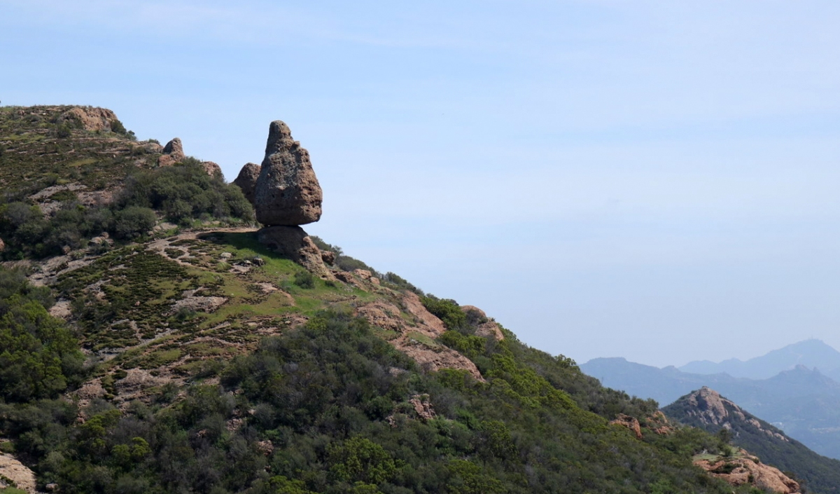 The best hiking trails along the Santa Monica coast have to start from Sandstone Peak