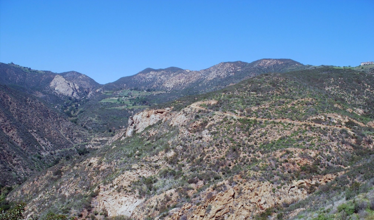 The view of the Santa Monica mountains from the hiking trails of Solstice Canyon