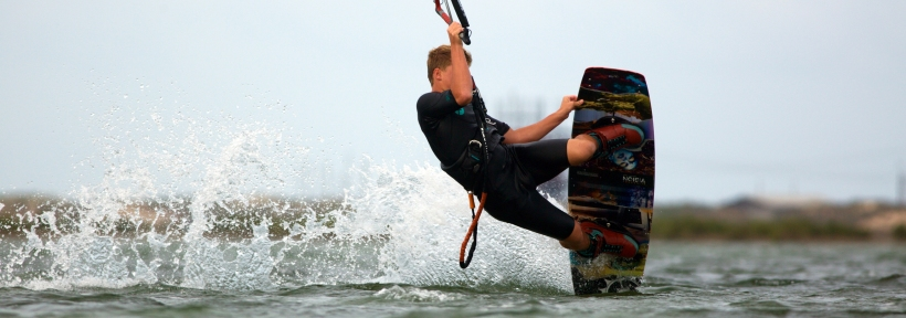 Kitesurfing in Los Angeles can be an absolute blast so whether you're looking for lessons or just go out and have fun you should check it out soon